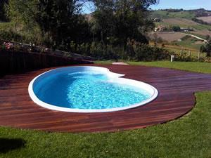 Legno per piscine legno per bordi piscina legno per for Bordi per piscine